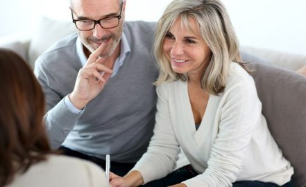 couple completing an estate planning checklist